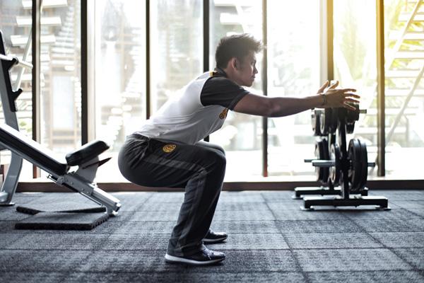 8 Manfaat Squat untuk Membentuk Bokong yang Indah